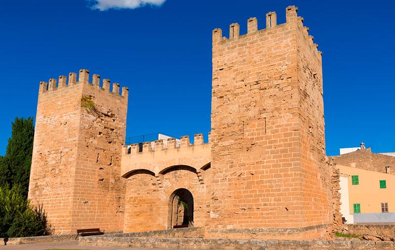Murallas de Alcudia, Mallorca